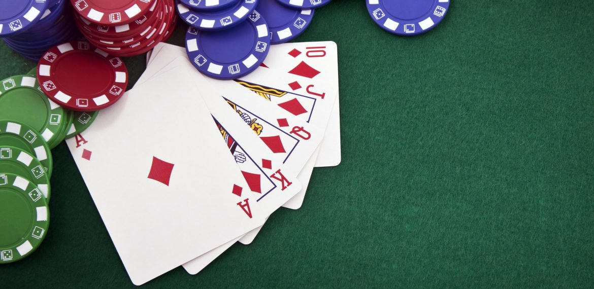 Why Do You Need A Professional Poker Set?